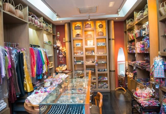 Krungsri River Hotel : Souvenir shop